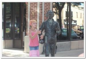 President statue in South Dakota